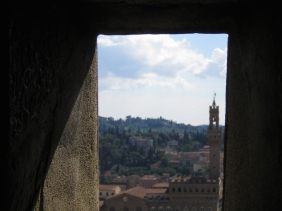 Visit Tuscany, Italy: View of Palazzo Vecchio from Il Duomo