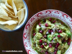 Spicy Pomegranate Guacamole Recipe