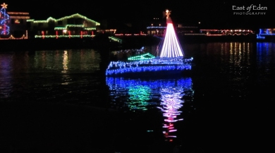 Huntington_Harbour_Boat_Parade_Cruise_of_Lights_0665