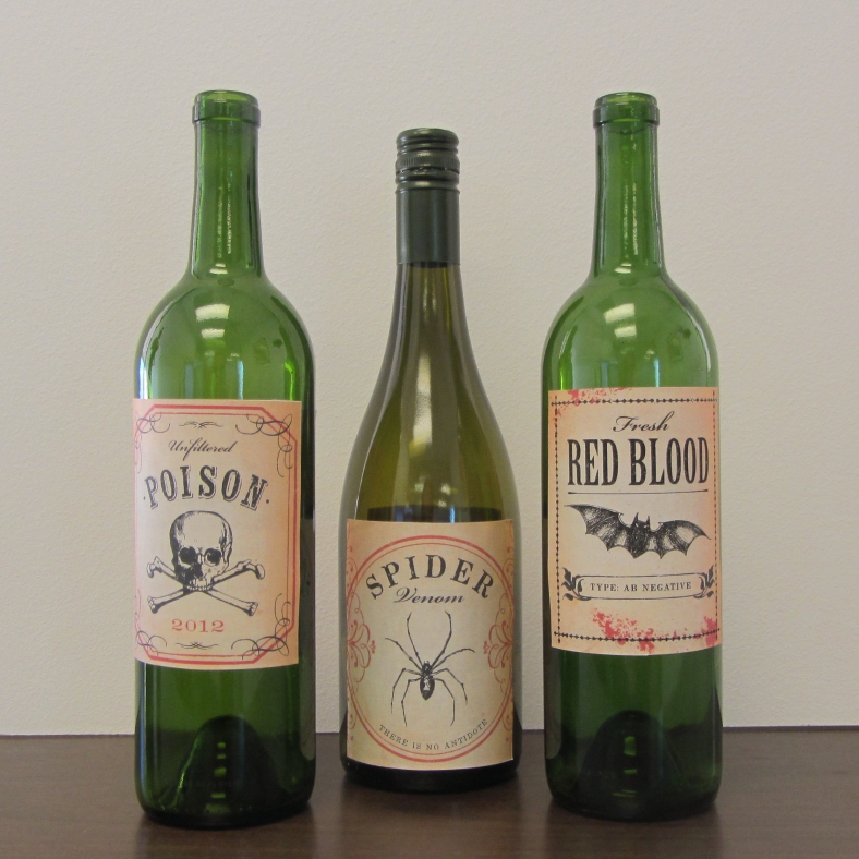 Halloween_BOOed_Wine_Bottle_Labels_Printables